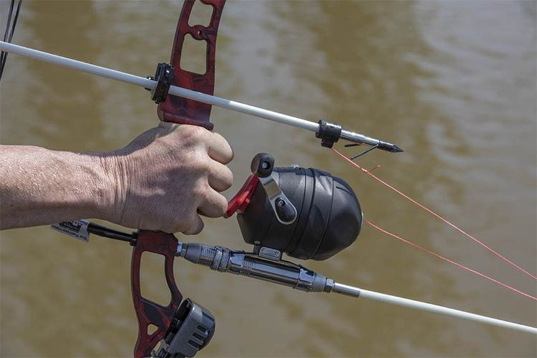 How to Choose Best Bowfishing Reel